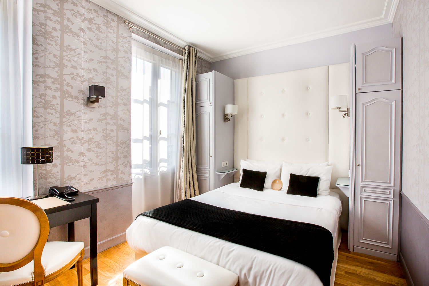 chambre familiale hotel eiffel trocadero paris. Black Bedroom Furniture Sets. Home Design Ideas